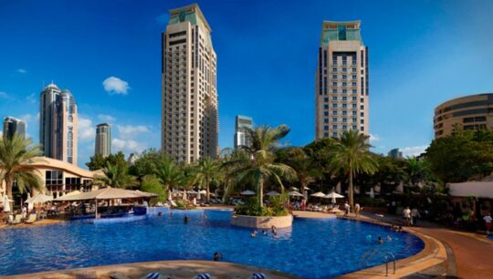Отели в ОАЭ Otel-Habtoor-Grand-Resort-Spa-Autograph-Collection
