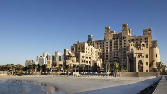 Отели в ОАЭ Sheraton-Sharjah-Beach-Resort-Spa-4