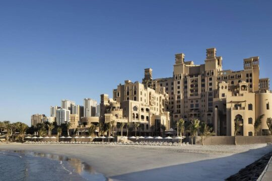 Отель Sheraton Sharjah Beach Resort & Spa